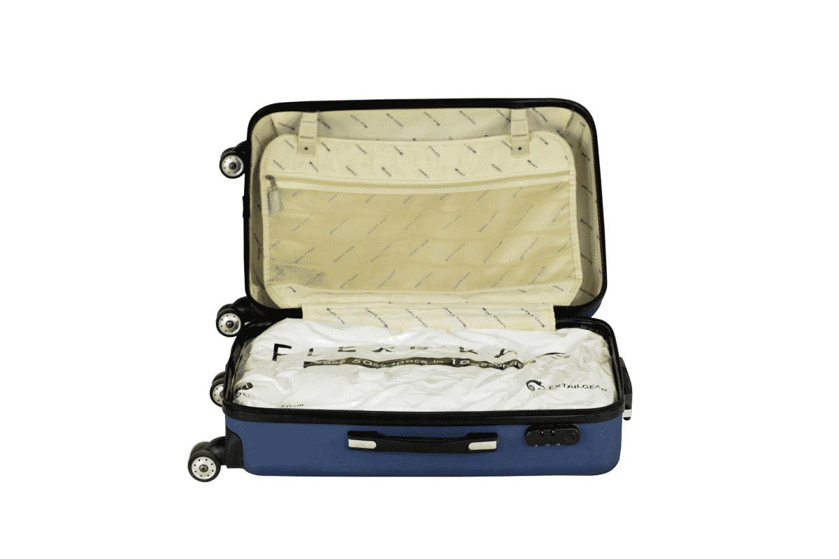 kleding vacuum gezogen in een koffer